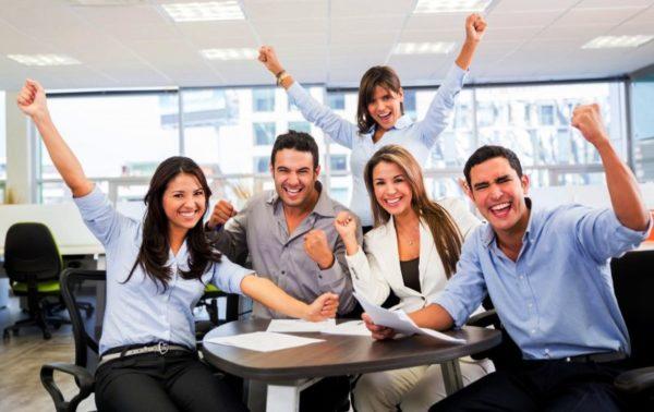 Оказанная помощь и поддержка коллегам, обернется благодарностью и хорошим отношением