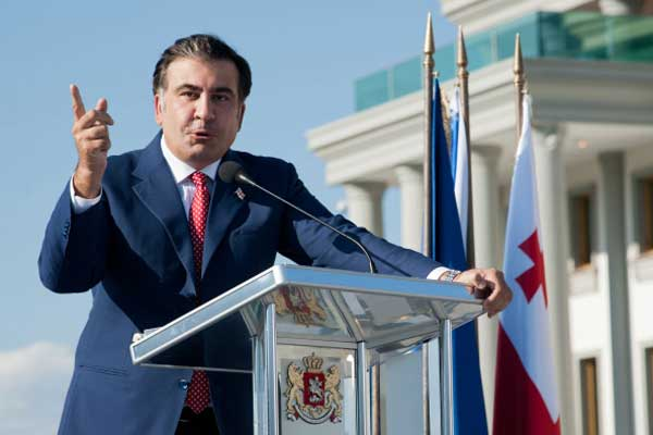 Saakashvili obeshchal ispytat' bespilotnik gruzinskoy sborki