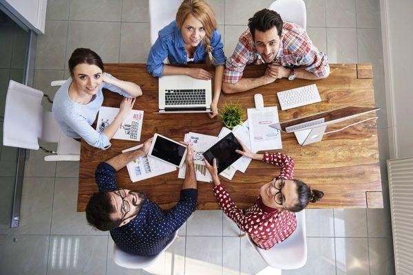 Приятно и комфортно работать с порядочными и честными коллегами