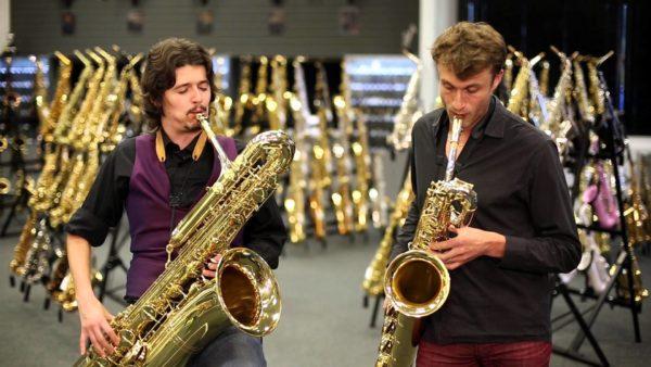 Как выбрать тип саксофона